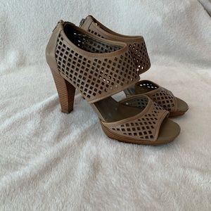 Franco Sarto Bentley heels